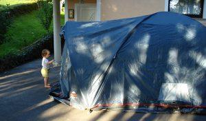 Ljubezen, šotor in otrok